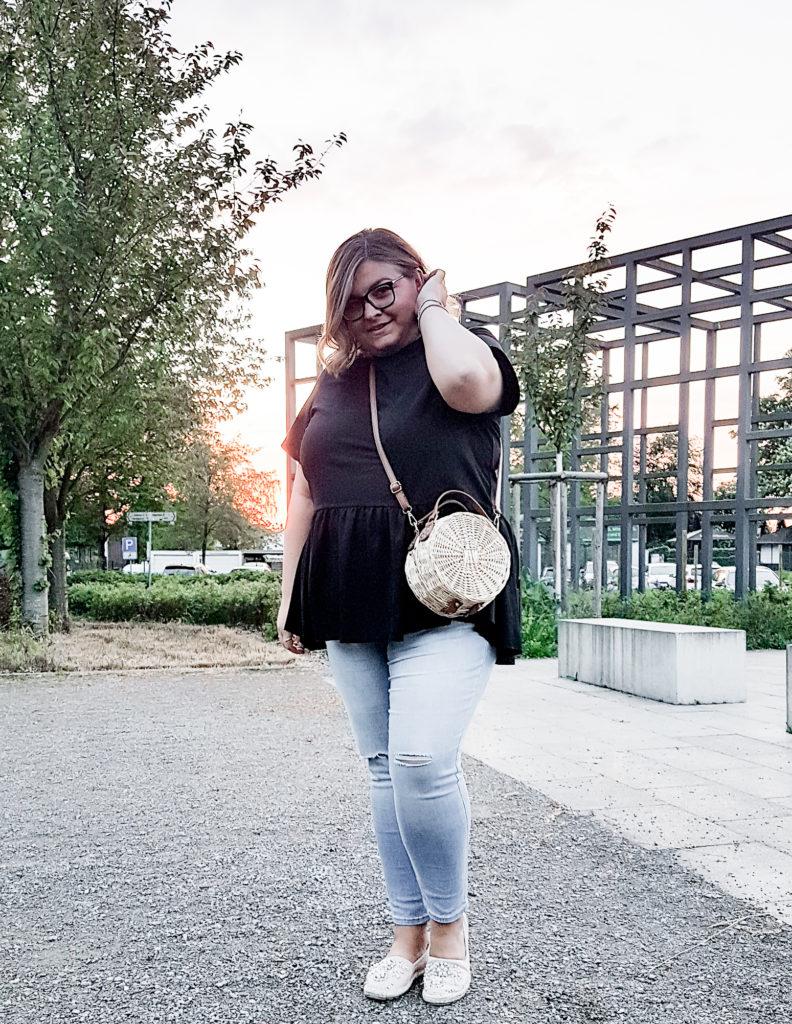 elabonbonella plus size expert blog skinny jeans in großen größen levis 310